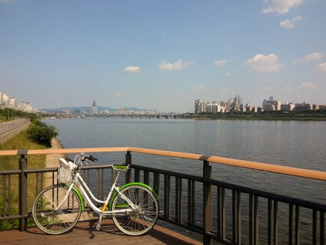 I rented a bike and cruised along the Han River in Seoul. It was such a beautiful day!