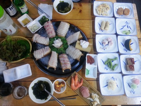 A giant feast of the freshest sashimi on Gyeongpo Beach.