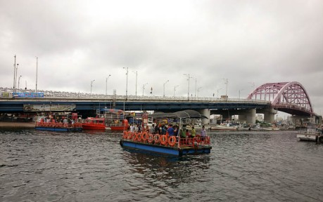 The gaetbae boat.